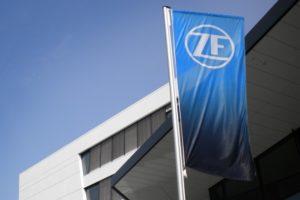 ZF разширява партньорството с Microsoft за разработване на цифрови услуги