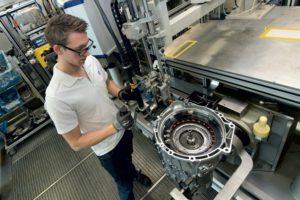 ZF печели сериозен бизнес за нова 8-скоростна автоматична трансмисия