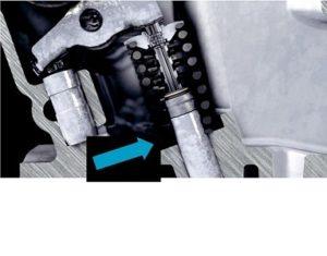 Счупване на клапана поради наклонена пружина