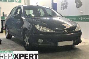 Как да сменим съединителя на Peugeot 206?