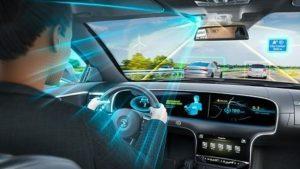 Continental комбинира предната и вътрешната камера за автоматизирано шофиране