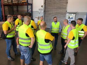 Екип на Косер и няколко клиенти посетиха фабриката на TMD Friction в Румъния, мястото, където всяка година се произвеждат 20 милиона накладки