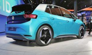 Европейците трябва да спечелят потребителите на електромобили (EVs)