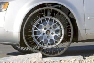 Как работи безвъздушната гума Tweel