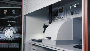 Нов стенд за тестване и филмиране поведението на запалителните свещите в реални условия при високо налягане
