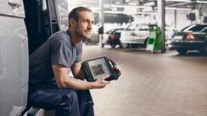 Диагностичен тестер на Bosch с достъп до най-новите диагностични протоколи и технологии