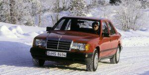 Системи за помощ на Mercedes-Benz въведени през далечната 1985 г.