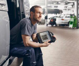 Диагностичният софтуер Esitronic 2.0 Online на Bosch вече съдържа информация за ремонт и поддръжка директно от производителите